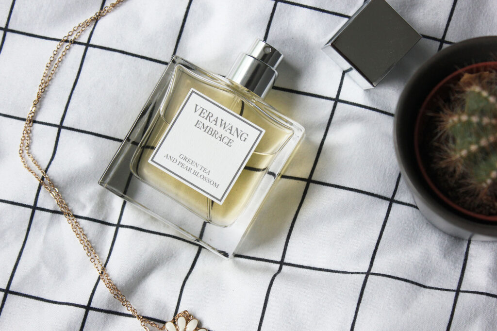 Vera Wang Embrace Green Tea and Pear Blossom EDT
